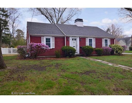 独户住宅 为 销售 在 100 King Philip Road Pawtucket, 罗得岛 02861 美国