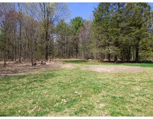 Land for Sale at Amherst Road Pelham, Massachusetts 01002 United States