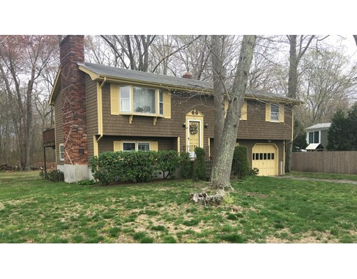Single Family Home for Sale at 53 Tanglewood Drive Swansea, Massachusetts 02777 United States