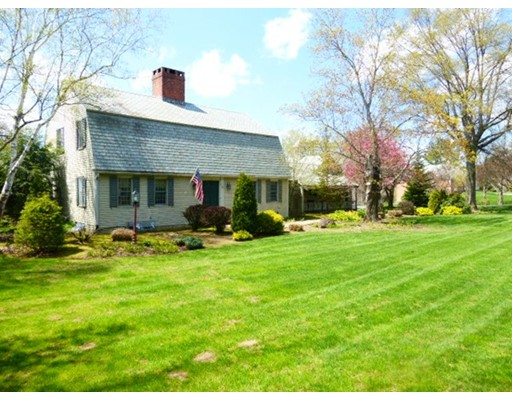 Single Family Home for Sale at 74 Florence Road Easthampton, Massachusetts 01027 United States