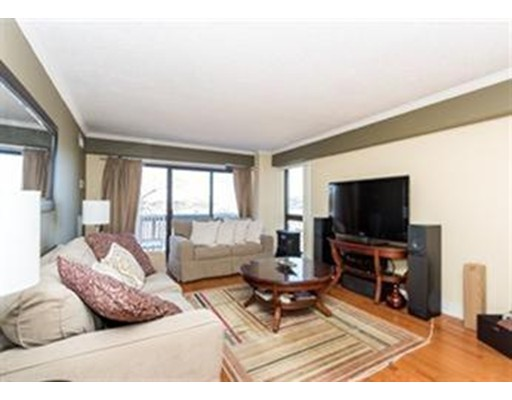 独户住宅 为 出租 在 15 North Beacon Street 波士顿, 马萨诸塞州 02134 美国