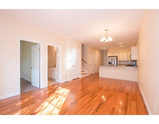 58 Reed Avenue 16, North Attleboro, MA, 02760