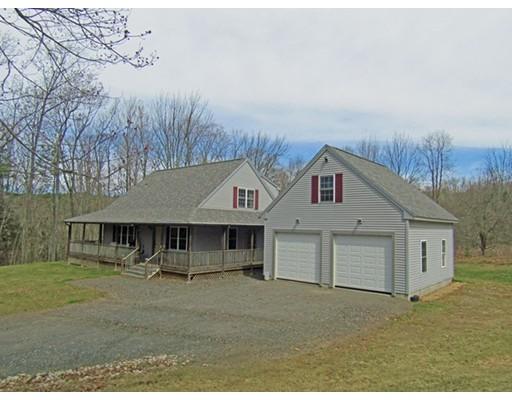 واحد منزل الأسرة للـ Sale في 716 Daniel Shays Hwy New Salem, Massachusetts 01355 United States
