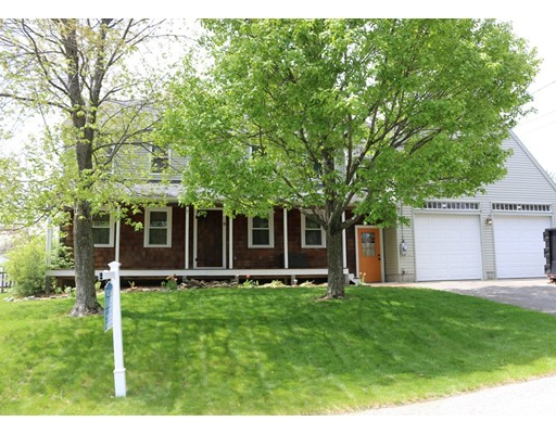 Single Family Home for Sale at 2 Dawn Street Blackstone, Massachusetts 01504 United States