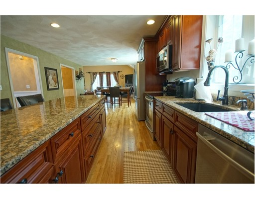 Single Family Home for Sale at 14 Sweet Briar Lane Chester, New Hampshire 03036 United States