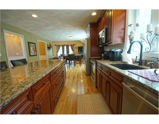 Casa Unifamiliar por un Venta en 14 Sweet Briar Lane Chester, Nueva Hampshire 03036 Estados Unidos