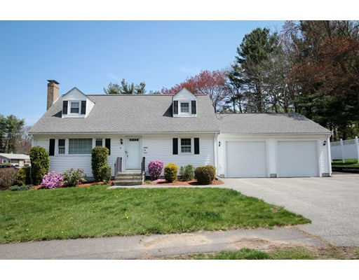 Single Family Home for Sale at 81 Juniper Drive Norwood, Massachusetts 02062 United States