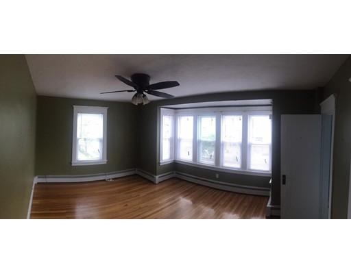 独户住宅 为 出租 在 121 Johnson Street 林恩, 01902 美国