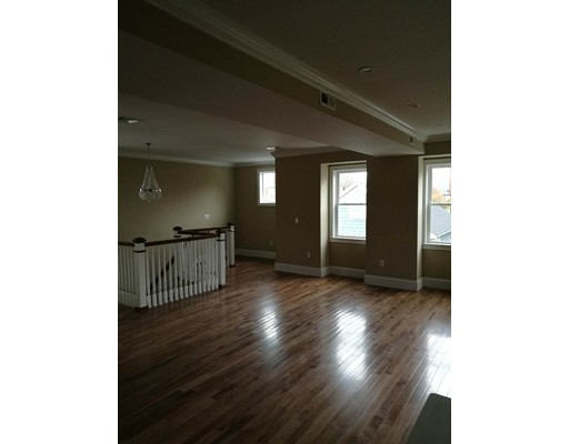 Additional photo for property listing at 7 Wendell Place  Boston, Massachusetts 02127 Estados Unidos