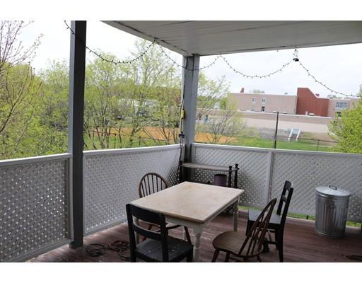 独户住宅 为 出租 在 75 Carolina Avenue 波士顿, 马萨诸塞州 02130 美国