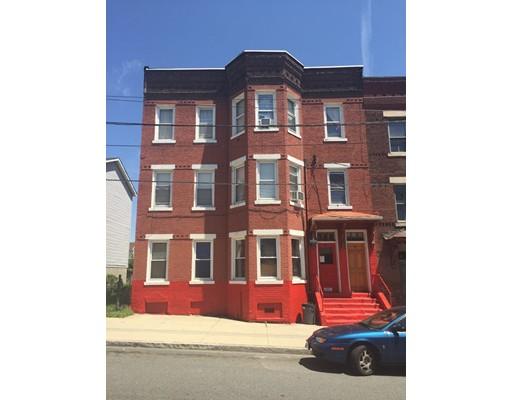 多户住宅 为 销售 在 11 Hampshire 11 Hampshire Holyoke, 马萨诸塞州 01040 美国