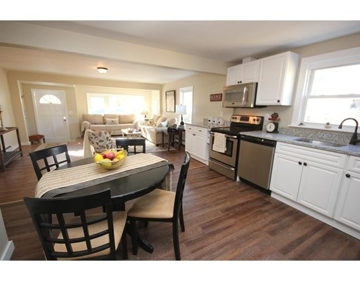 Single Family Home for Sale at 6 Hilltop Drive Southborough, Massachusetts 01772 United States