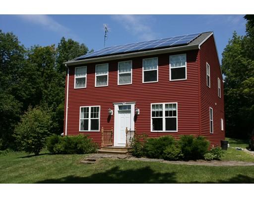 Casa Unifamiliar por un Venta en 424 Main Road Chesterfield, Massachusetts 01012 Estados Unidos