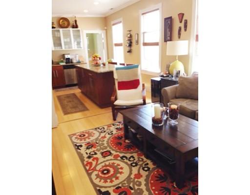 Casa Unifamiliar por un Alquiler en 26 Chestnut Avenue Boston, Massachusetts 02130 Estados Unidos