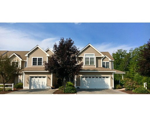Appartement en copropriété pour l Vente à 511 Linwood Ct #511 511 Linwood Ct #511 Clinton, Massachusetts 01510 États-Unis