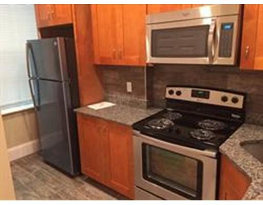 Casa Unifamiliar por un Alquiler en 33 Westbourne Terrace Brookline, Massachusetts 02445 Estados Unidos