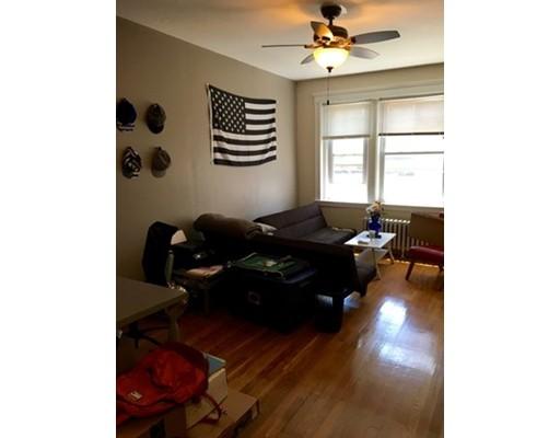 独户住宅 为 出租 在 2001 Commonwealth 波士顿, 马萨诸塞州 02135 美国