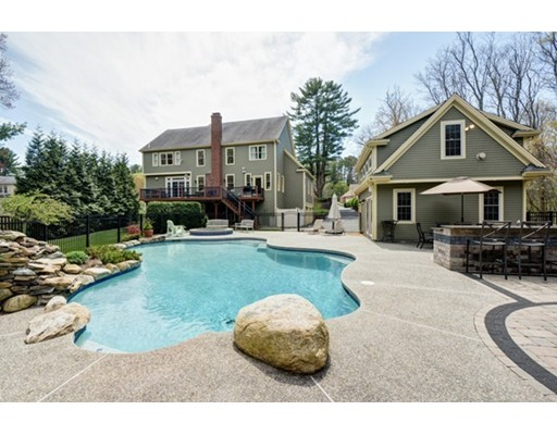 Single Family Home for Sale at 15 Fairbanks Drive Wrentham, Massachusetts 02093 United States