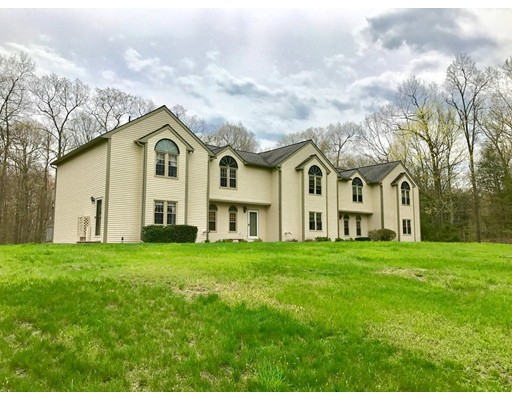 Condominium for Sale at 3 Oak Hill Estate Woodstock, Connecticut 06281 United States
