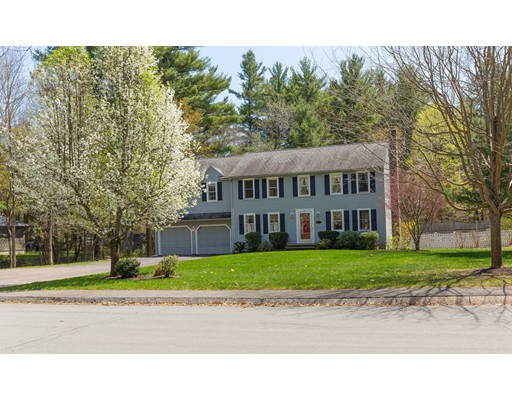 Single Family Home for Sale at 37 Meadow Lane 37 Meadow Lane Westford, Massachusetts 01886 United States