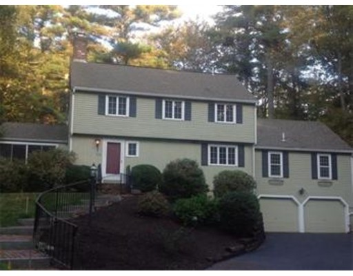 53 Winding Oaks Way, Boxford, MA 01921
