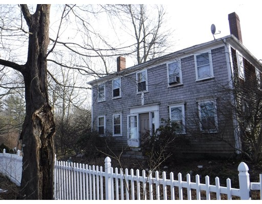 Single Family Home for Sale at 4 Mayflower Road Plympton, Massachusetts 02367 United States