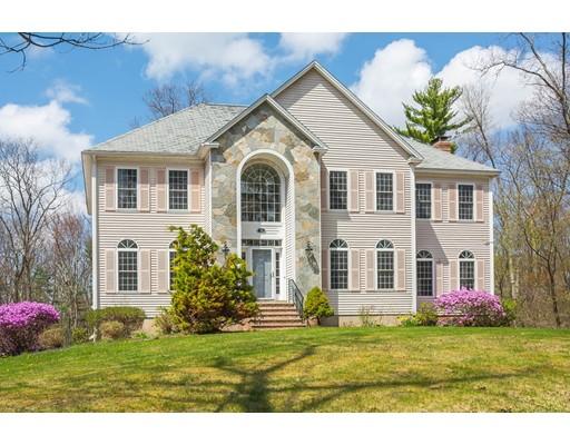 Частный односемейный дом для того Продажа на 12 Glenwood Road Windham, Нью-Гэмпшир 03087 Соединенные Штаты