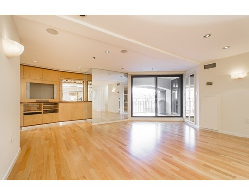 357 Commercial St 20, Boston, MA 02109