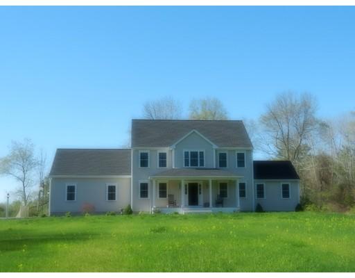 独户住宅 为 销售 在 5 Pine Street Raynham, 马萨诸塞州 02767 美国
