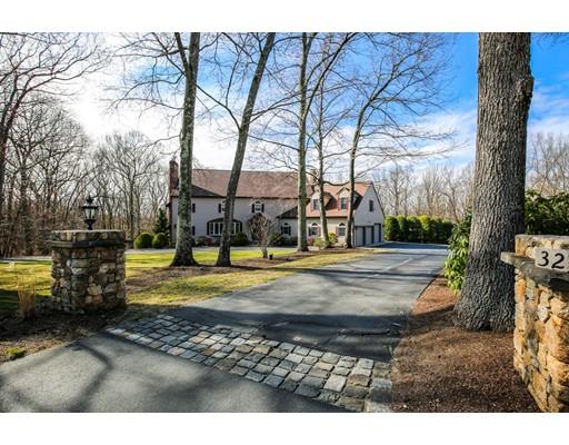 Частный односемейный дом для того Продажа на 32 Lincoln Drive North Smithfield, Род-Айленд 02896 Соединенные Штаты
