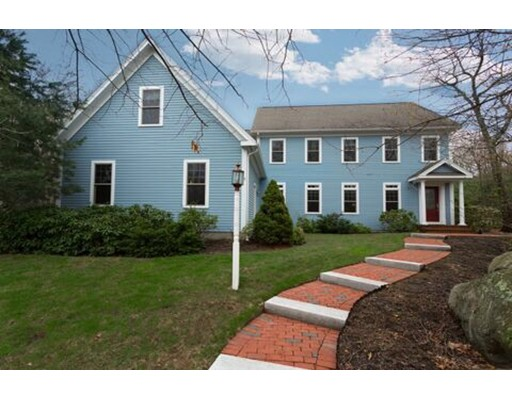 Casa Unifamiliar por un Venta en 49 CIMARRON LANE Holden, Massachusetts 01520 Estados Unidos