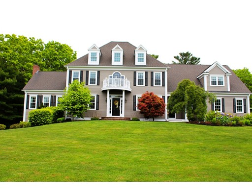 Maison unifamiliale pour l Vente à 216 Country Club Way Kingston, Massachusetts 02364 États-Unis