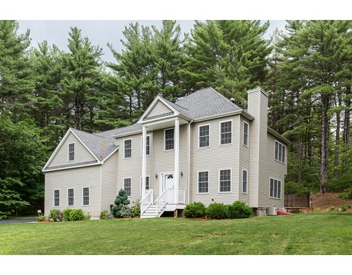 736 Highland St, Holliston, MA 01746