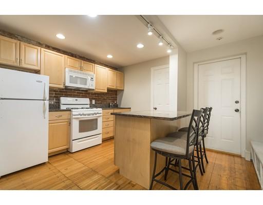 独户住宅 为 出租 在 478 Beacon Street 波士顿, 马萨诸塞州 02115 美国