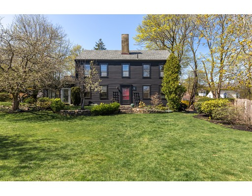 16 Gingerbread Hill, Marblehead, MA 01945