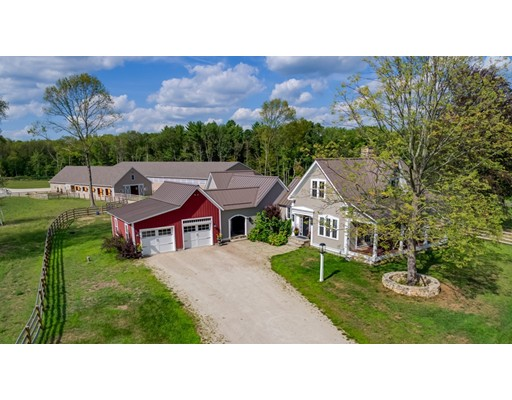Single Family Home for Sale at 80 Prospect Street Upton, Massachusetts 01568 United States