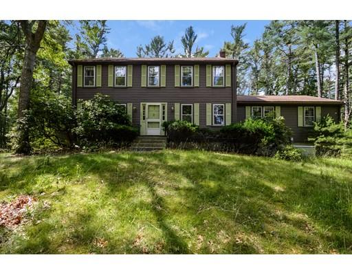 Casa Unifamiliar por un Venta en 103 Old Farm Road Duxbury, Massachusetts 02332 Estados Unidos