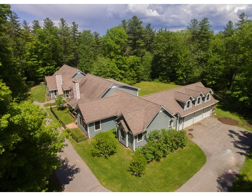 Single Family Home for Sale at 70 Allen Hill Road 70 Allen Hill Road Holland, Massachusetts 01521 United States