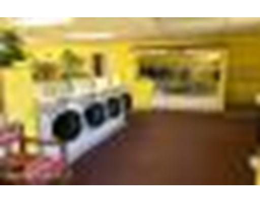 Commercial للـ Sale في 300 North Street Dalton, Massachusetts 01226 United States