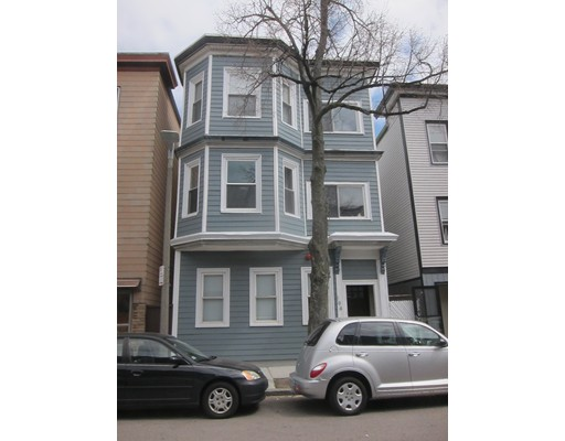 Additional photo for property listing at 194 Marion Street  Boston, Massachusetts 02128 United States