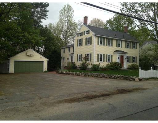 Частный односемейный дом для того Продажа на 13 Elm Street Georgetown, Массачусетс 01833 Соединенные Штаты
