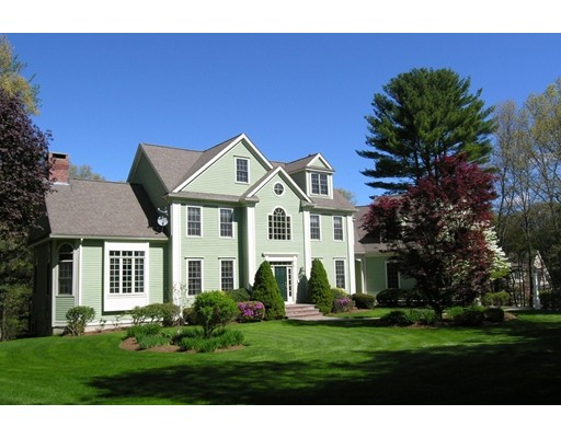 Single Family Home for Sale at 15 Snow Street Sherborn, Massachusetts 01770 United States