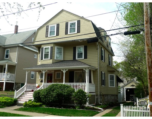 20 Pearl St, Melrose, MA 02176