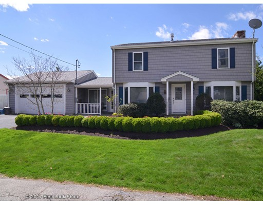 231  Calvin Ave,  Somerset, MA