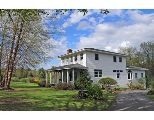 Частный односемейный дом для того Продажа на 68 Hamilton Drive Conway, Массачусетс 01341 Соединенные Штаты