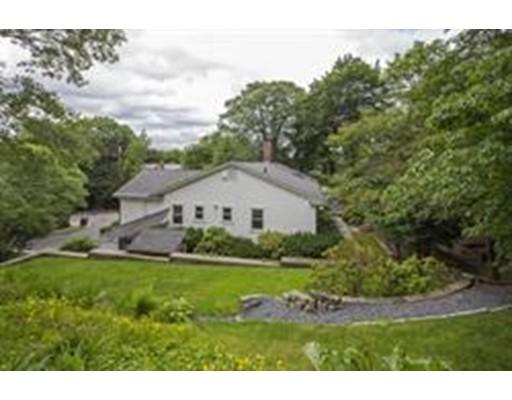 Casa Unifamiliar por un Alquiler en 150 Buckminster Road Brookline, Massachusetts 02446 Estados Unidos