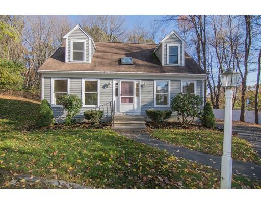 独户住宅 为 销售 在 21 N Martin Street Amesbury, 01913 美国