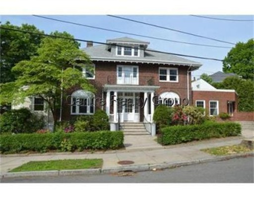 Additional photo for property listing at 64 Corey Road  Boston, Massachusetts 02135 Estados Unidos
