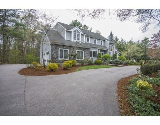 Single Family Home for Sale at 19 Horizons Road Sharon, Massachusetts 02067 United States
