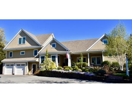 Maison unifamiliale pour l Vente à 19 Arrowhead Road Marblehead, Massachusetts 01945 États-Unis